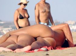 Couples At Nudists Beaches Couples At Nudists Beaches